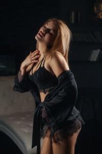 эротический массаж в Москве от массажистки Лии